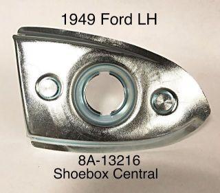 8A-13216 1949 Ford Park Parking Running Light Body Housing Base