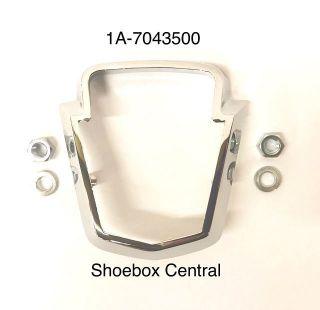 1A-7043500 1950 1951 ford deck trunk boot lid chrome emblem retainer bezel